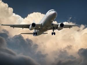 aircraft-537963_640